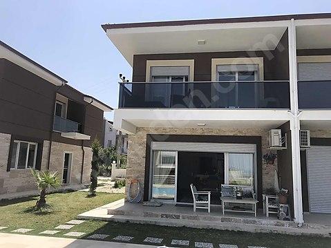 Kuşadası nazilli pazarı mevkinde satılık 4+1 villa