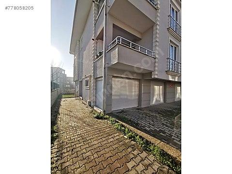 Sakarya Serdivan Köprübaşı mahallesinde 4+1/165...