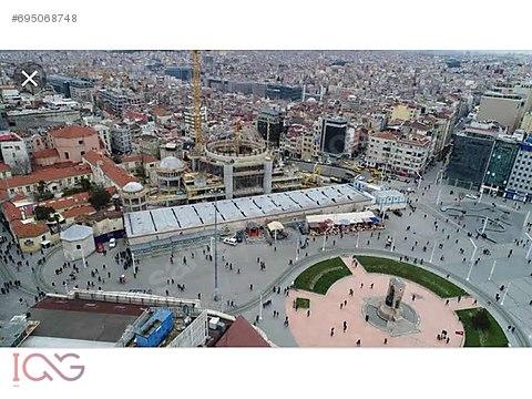 Taksim Meydanda 27 oda 1 dükkan kiralık komple...