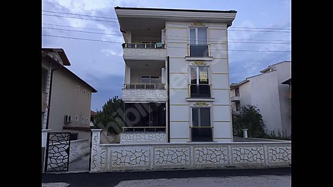 Yazlık Kanalboyu 2+1 110 m2 müstakil daire