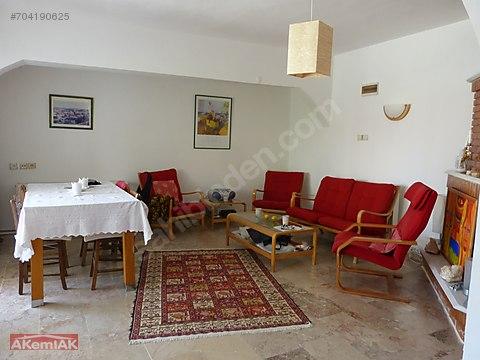 Karaburun Mordoğan Ardıç Plajına yakın 4+1 Villa