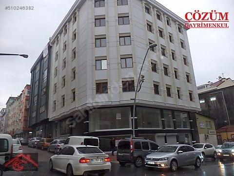 Yenibosna Hürriyet caddesinde kiralık işyeri ofis...