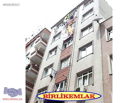 BAHCELİEVLER YENİBOSNA DERE YOLU ZIRAT BANK YAKINI...