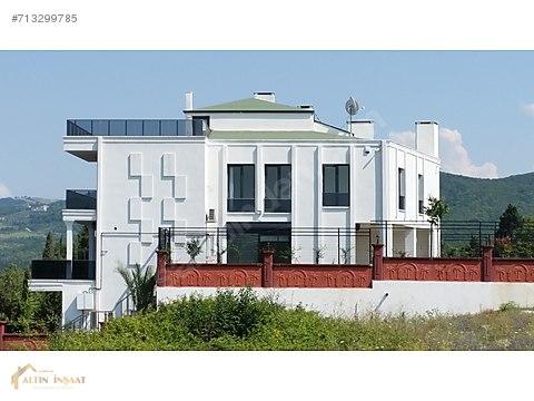 ALTINOVA'DA TRİBLEX VİLLA-For sale villa/فيلا تريبلكس