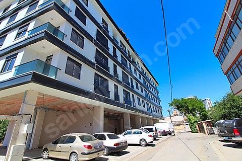 MALTEPE MİNİBÜS YOLUNA 2. BİNADA 213 m² FIRSAT...