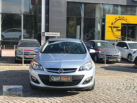 OPAL OTOMOTİV'DEN ASTRA SEDAN 1.4 TURBO EDİTiON...