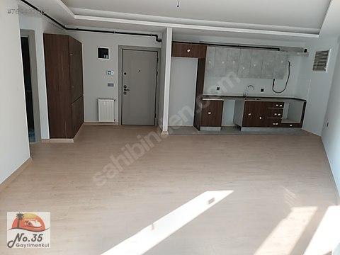 Karşıyaka Yalı mahallesin'de Satılık Metro Yakını...