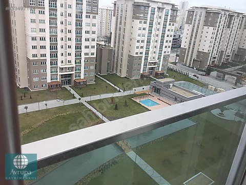 Bahçeşehir Avrupark kiralık Bahçekatı 4+1 daire