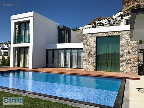 Gündoğanda özel havuzlu deniz manzaralı 5+1 sıfır...