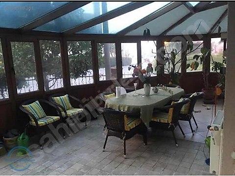 Bahçeşehir de Kiralık Villa