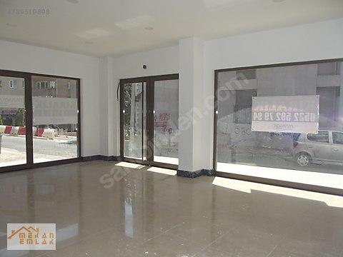 Cadde Üzeri Eğitim Fakültesine Yakın 300 m2 Köşe...