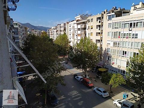 İZMİR EMLAK'TAN MİTHATPAŞA CADDE ÜSTÜ 3+1 SATILIK...