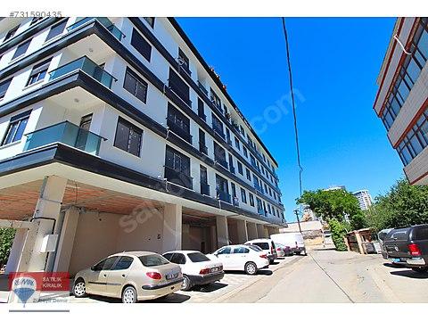 MALTEPE MİNİBÜS YOLUNA 2. BİNADA 210 m² FIRSAT...