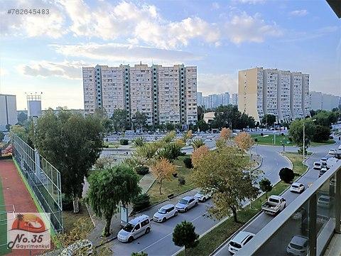 Karşıyaka Atakent'te Satılık Önü Komple Açık 2+1...