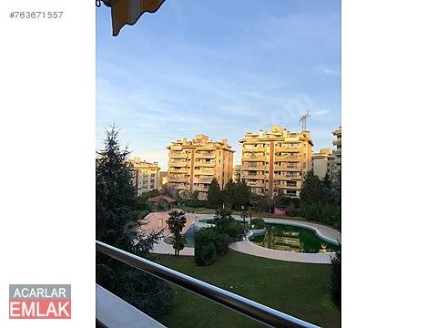 Sarıyer Acarlar da Havuz ve Orman Manzaralı 4+1...