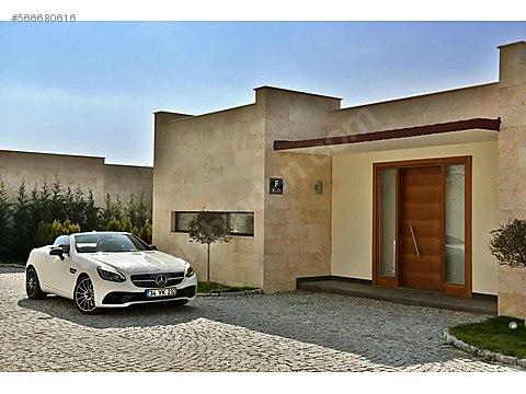 Yalıkavakda Acil Satılık Çok Özel Villa
