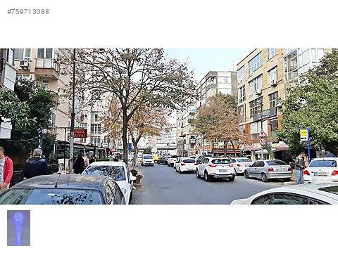 Ortaklar Caddesi Yakını-Arakat-Krediye Uygun-Kombili-3+1..