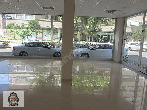 Bayraklı Manavkuyu'da 300 m2 Kiralık Devirsiz İşyeri&Mağaza