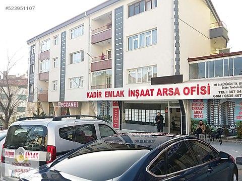 50 .yıl proje de emsal 2 teras blok arsası Kadir.den