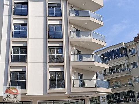 Karşıyaka Yalı Mahallesinde Satılık Başkent Hastanesi...