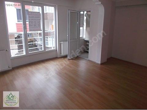 cumhuriyet de 2+1 oda 85 m2 kiracılı 3 kat daire