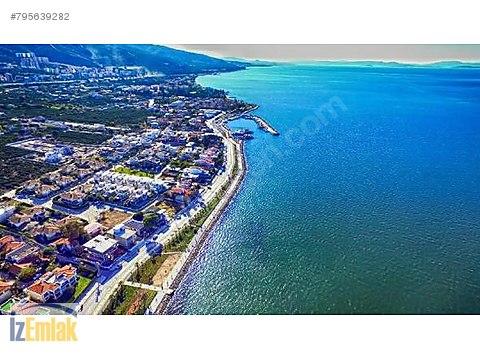 İzEmlak'tan Sahilevlerinde 3500m2 Bahçeli 480m2...