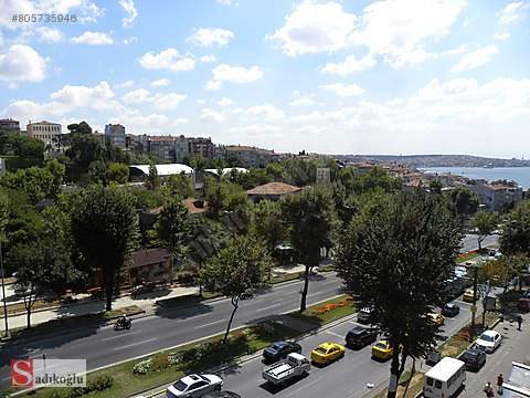 BEŞİKTAŞ BARBAROS BULVARINDA 160 M2 ASANSÖRLÜ OFİS