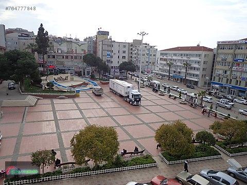 Bizim EMLAK-Meydan Cepheli Mutfaklı Mobilyalı 60...